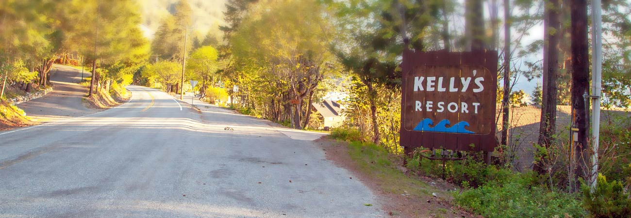 Kelly's Resort Sign
