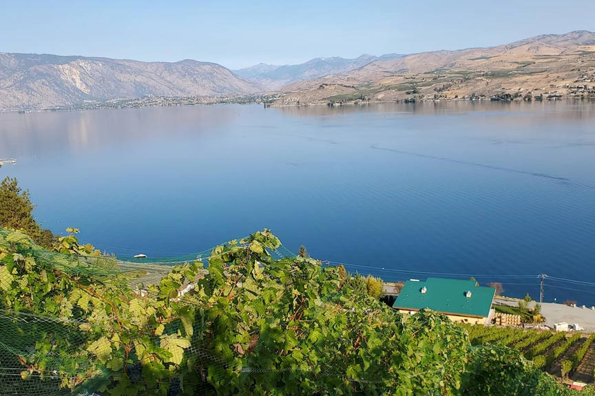 Lake Chelan wineries view